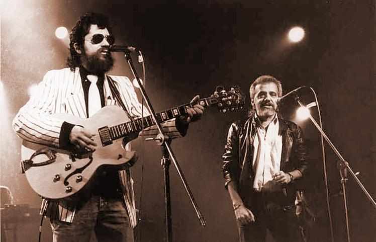 epigrafe Raúl Seixas y Paulo Coelho en el escenario..jpg
